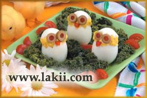 بيضة على شكل كتكوت بالصورْ