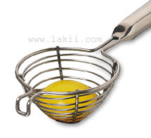 http://www.lakii.com/cookportal/images/tools/eggseparator0.jpg